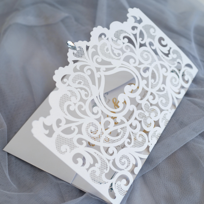 Faire-part de mariage ciselé (effet dentelle) WPL0180