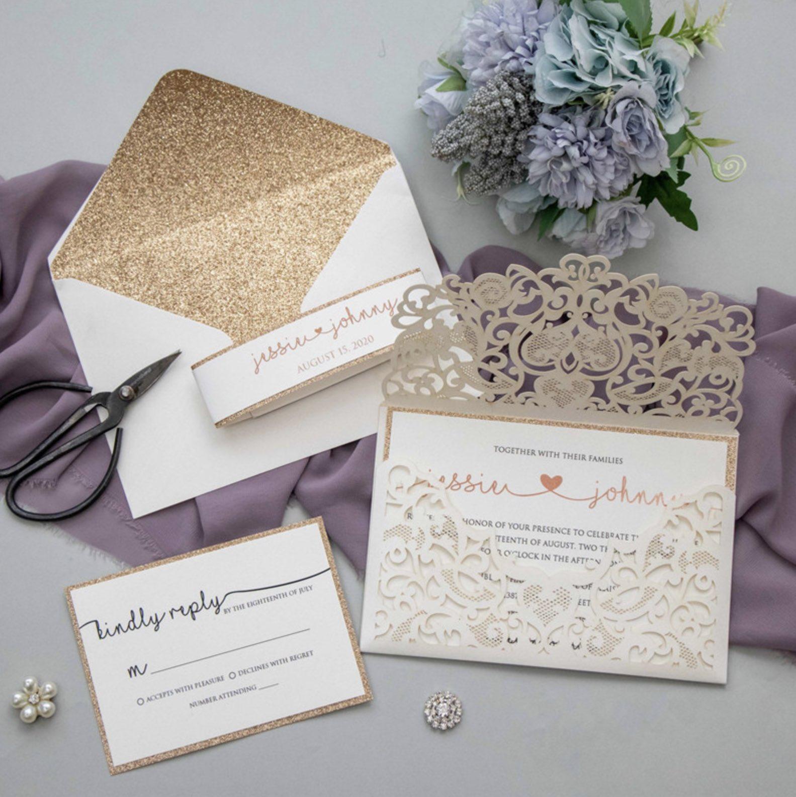 Faire-part de mariage ciselé (effet dentelle) WPL0197 ouvert
